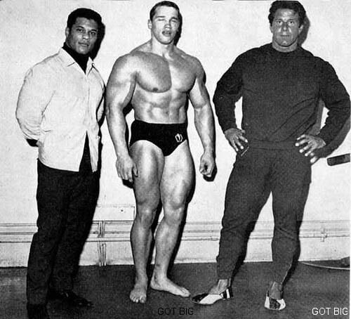Arnold neben Reg Park, seinem Vorbild