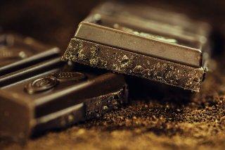 kohlenhydratarme-lebensmittel_dunkle-schokolade