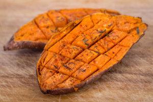 vegane lebensmittel suesskartoffeln